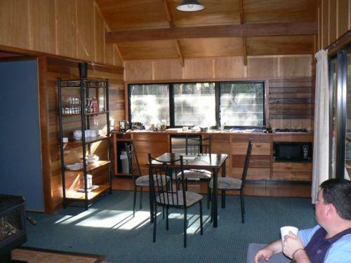 Girraween Lodge kitchen