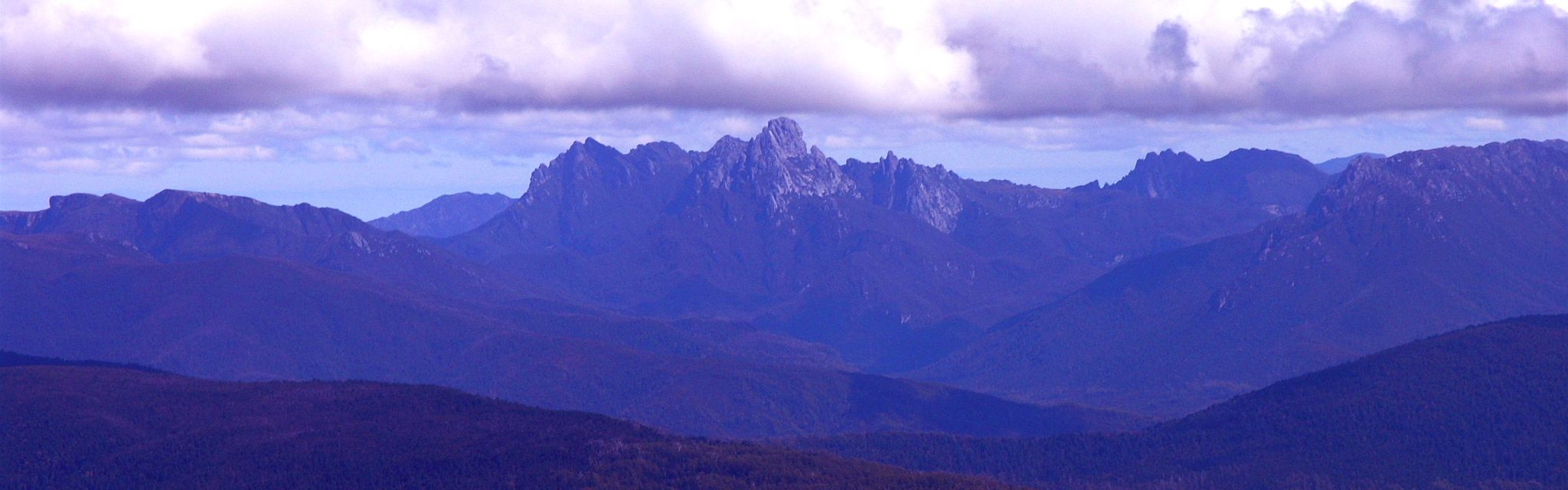 Federation Peak and South West Wilderness, image from Nature Bound Australia Tasmania National Parks Tour