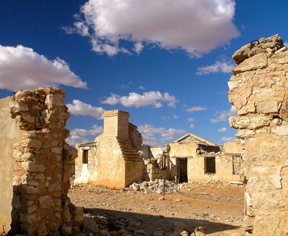 The Cadelga Homestead in the  Strzelecki Desert first settled in 1880, was abandoned in 1903. It features stone craftsmanship given timber was a rarity