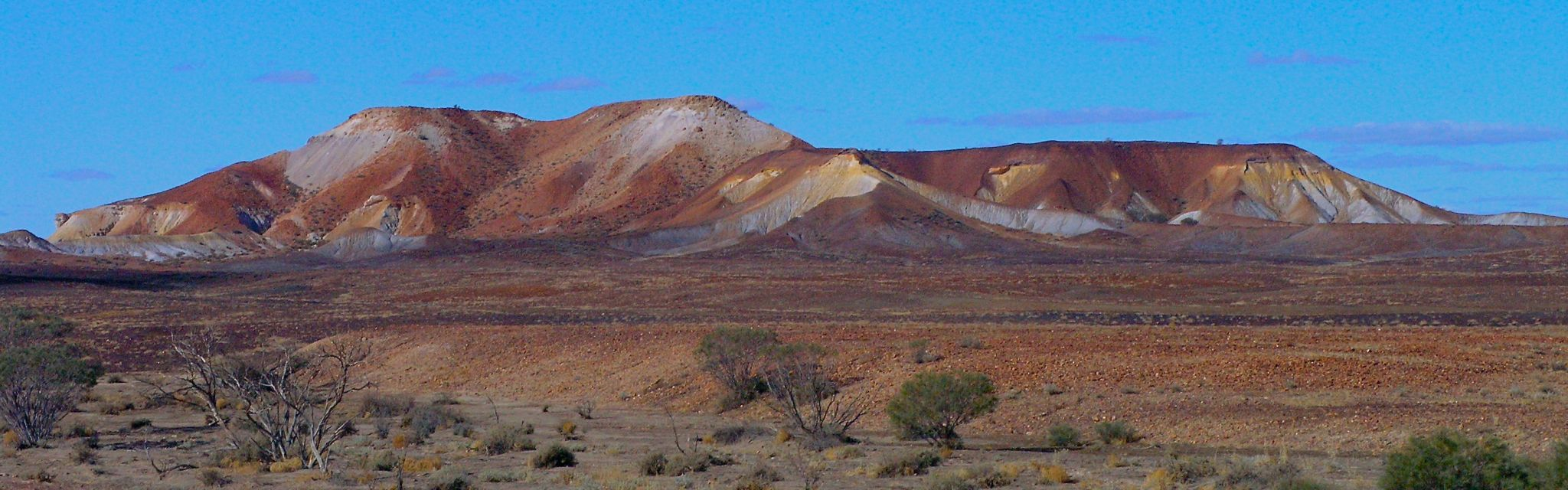 Painted Desert on Flinders ranges Lake Eyre Red Centre Tour